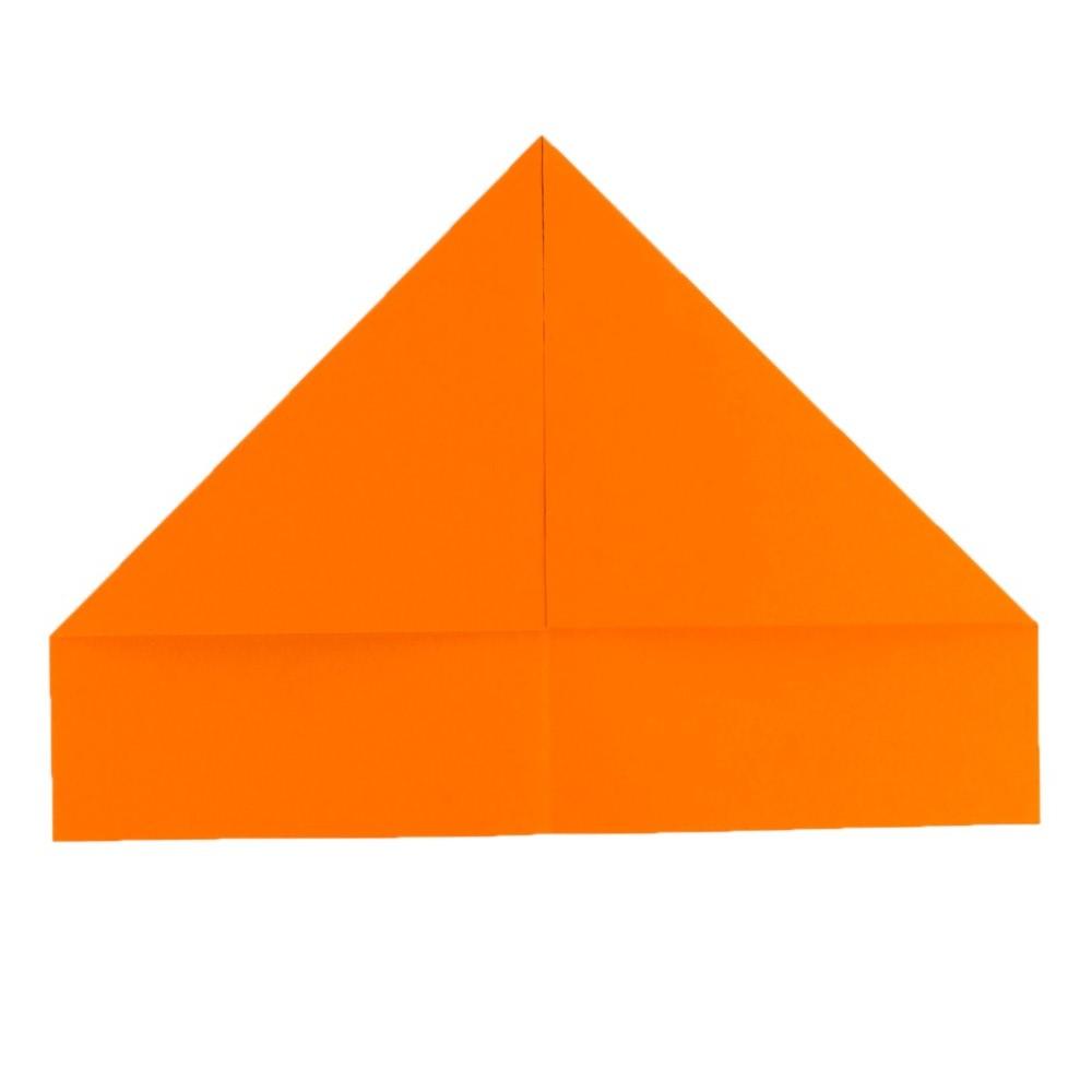 Papierhut falten - Schritt 6