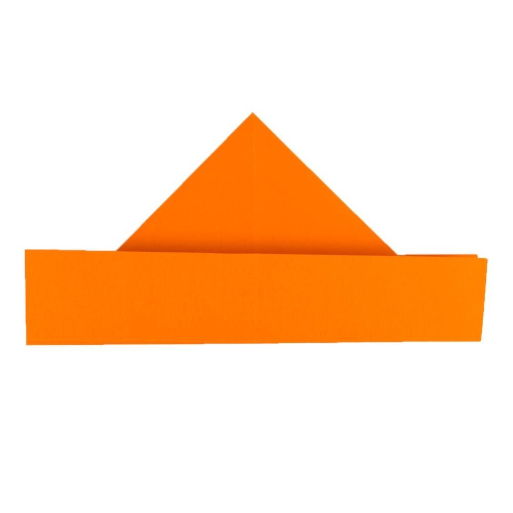 Papierschiff falten Schritt 8