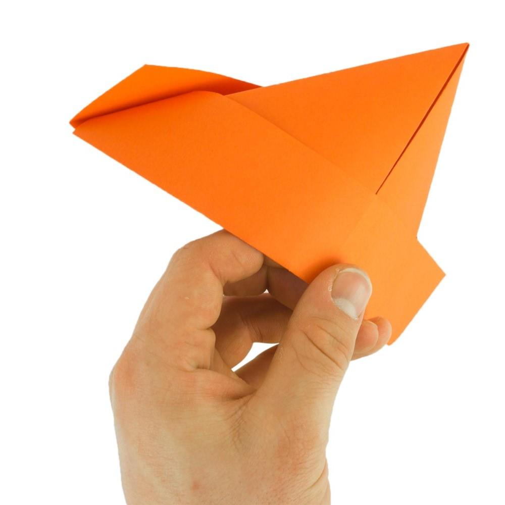 Papierhut falten - Schritt 10