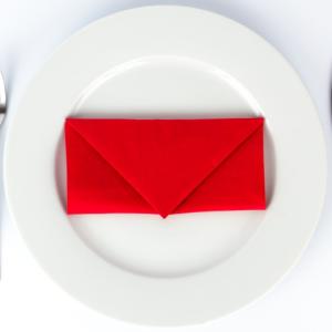 Briefumschlag (Kuvert) Serviette falten ✉ 3 einfache Schritte Anleitung ✉