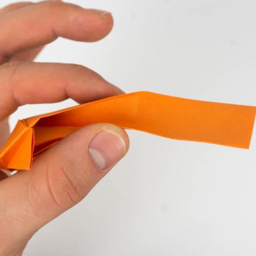 Origami Fisch falten Grundlage: Papier 10 x 15 Zentimeter