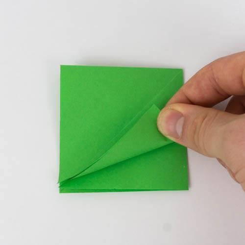 Origami Grundform - Zusammengeschobenes Quadrat