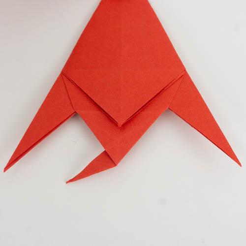 Der Tropische Origami Fisch auf die andere Seite gedreht.