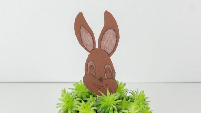 Einen Osterhasen mit Kindern basteln - Basteln Ostern - Vorlage kostenlos zum Ausdrucken