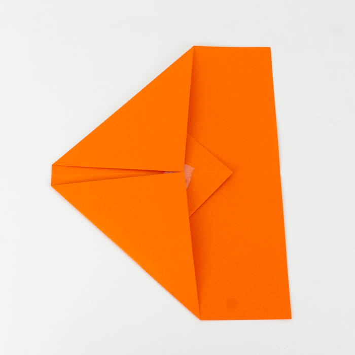 Schritt 3 - Papierflieger Gleiter falten - Anleitung