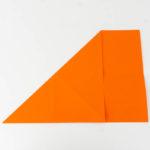 Das DIN A4 Papier Diagonal in der Hälfte falten
