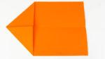 Bastelanleitung Papierflieger - Gleiter falten Schritt 2