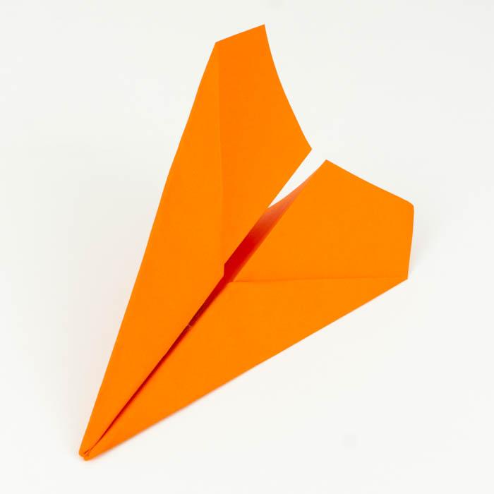 Drachenflieger Hängegleiter falten Anleitung - Flugzeug basteln - Flugzeug falten Anleitung