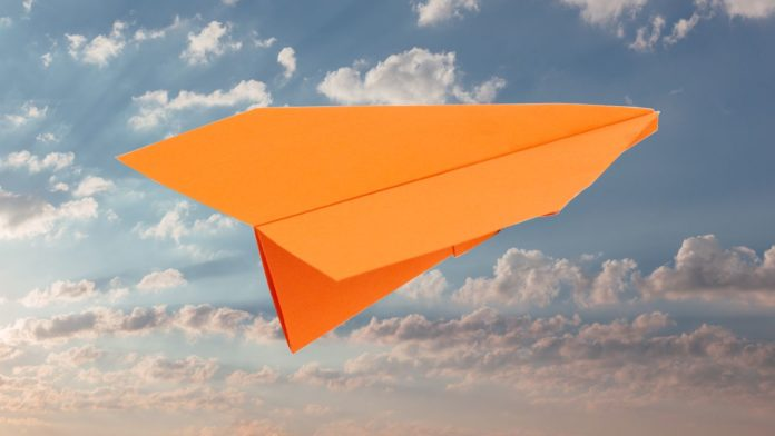 Papierflieger falten - Klassischer Gleiter falten Anleitung