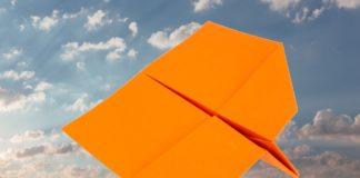 Wie bastelt man einen Papierflieger Anleitung - Habicht falten